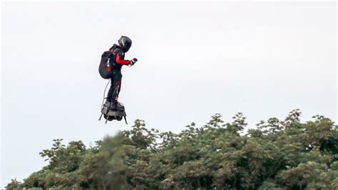 Flying Frenchman Franky Zapata completes jet-powered