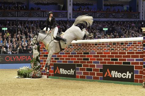 Olympia: The Alltech Christmas Puissance 2015   The Gaitpost