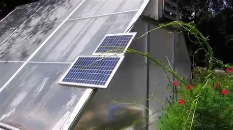 Solar Powered Greenhouse Fan ! I Installed For A Neighbor