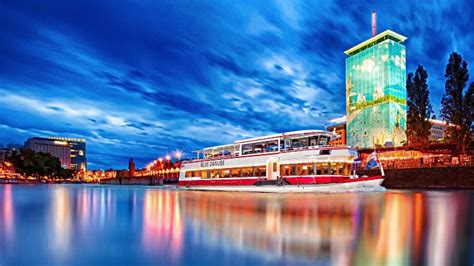 Vienna Danube Cruises in Winter, Christmas and New Year's Eve