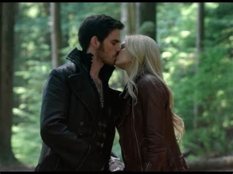 OUAT - 4x01 'Be patient' [Emma & Hook] - YouTube