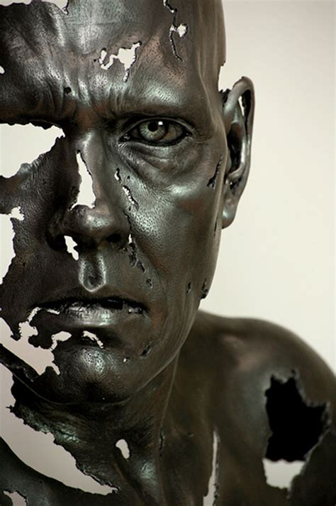 ezinearticles3: Hyperrealistic Sculptures Mind Blowing