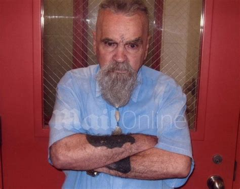 25-Year-Old Girl Wants Serial Killer Charles Manson as Her